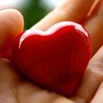 Открытка Сердце не выбирает, кого попало...